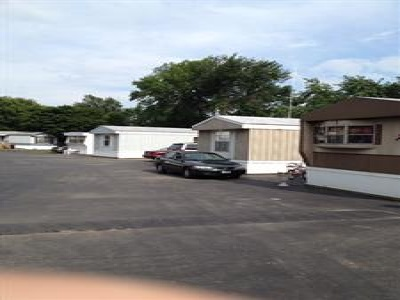 Illinois,United States,Mobile Home Community,1028