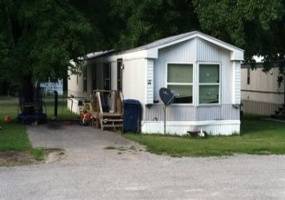 Illinois,United States,Mobile Home Community,1033