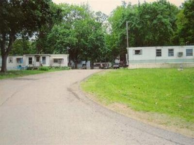 Michigan,United States,Mobile Home Community,1044