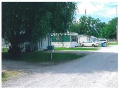 Illinois,United States,Mobile Home Community,1054