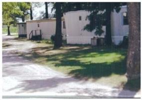 Illinois,United States,Mobile Home Community,1049