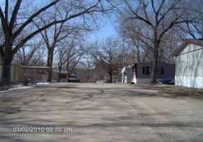 Kansas,United States,Mobile Home Community,1051